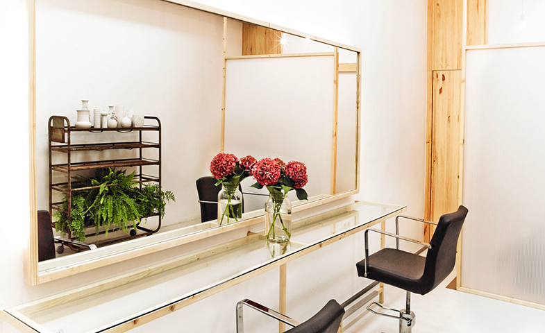 EspacioQ es una peluquería experta en rubios. Está en Manuela Malasaña, 25 (Madrid). Tel. 914452131.