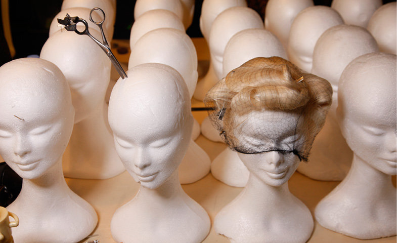 Las nuevas técnicas de peluquería buscan un pelo sin encrespamiento y de tonos naturales © Mondadori