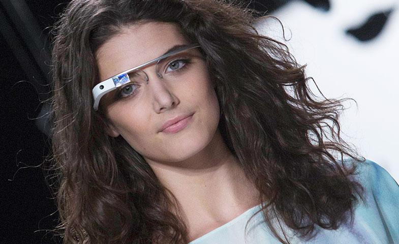 En 2012, Diane Von Fustenberg sacó a sus modelos a pasarela luciendo las Google Glass. © Cordon Press