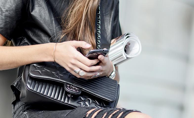 Las Igers avanzan una nueva era en el mundo  de la moda 2.0. ¿Significa su llegada el fin de los blogs? © Mondadori Photo