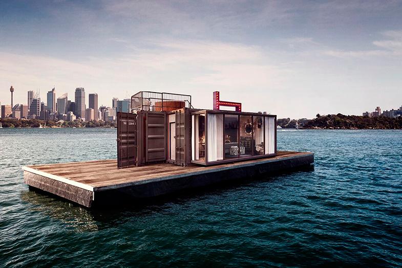 ¿Quizá, pasar la noche en una suite en medio del mar?