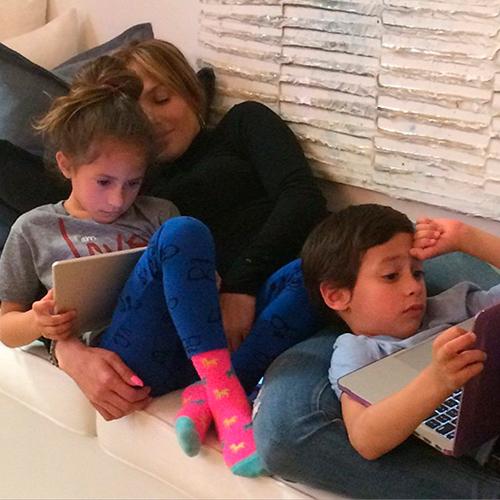 Jennifer Lopez tuvo a sus mellizos, Max y Emme, a los 38 años. © Cordon Press