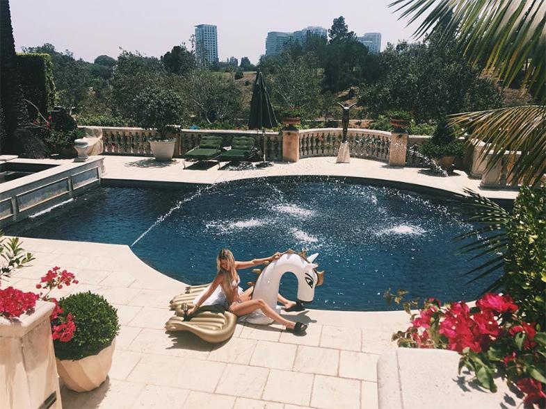 El verano de Sofia es mejor que el tuyo. © Instagram @sofiarichie