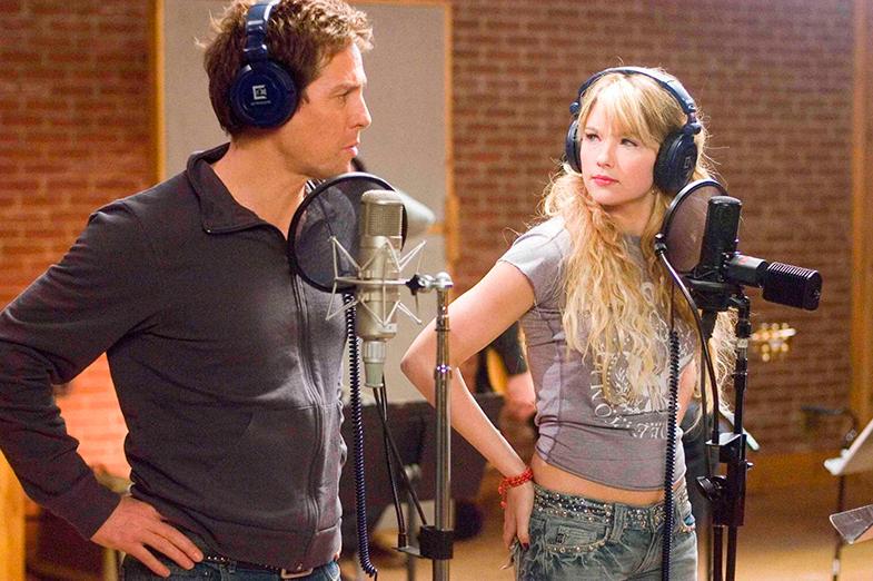 Bennett es una estrella del pop en la película Music and Lyrics junto a High Grant, un cantante que vive de las rentas del pasado.