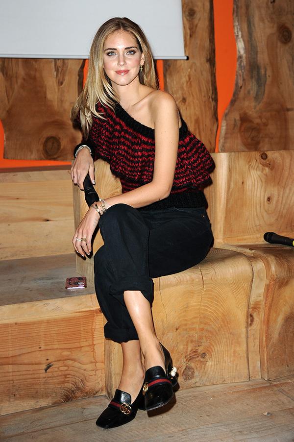 Chiara, con jersey asimétrico de Philosophy y mocasines de Gucci, en nuestro encuentro en Milán. © Cordon Press