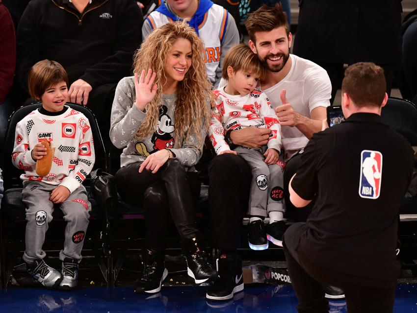 Shakira, Piqué y sus hijos.