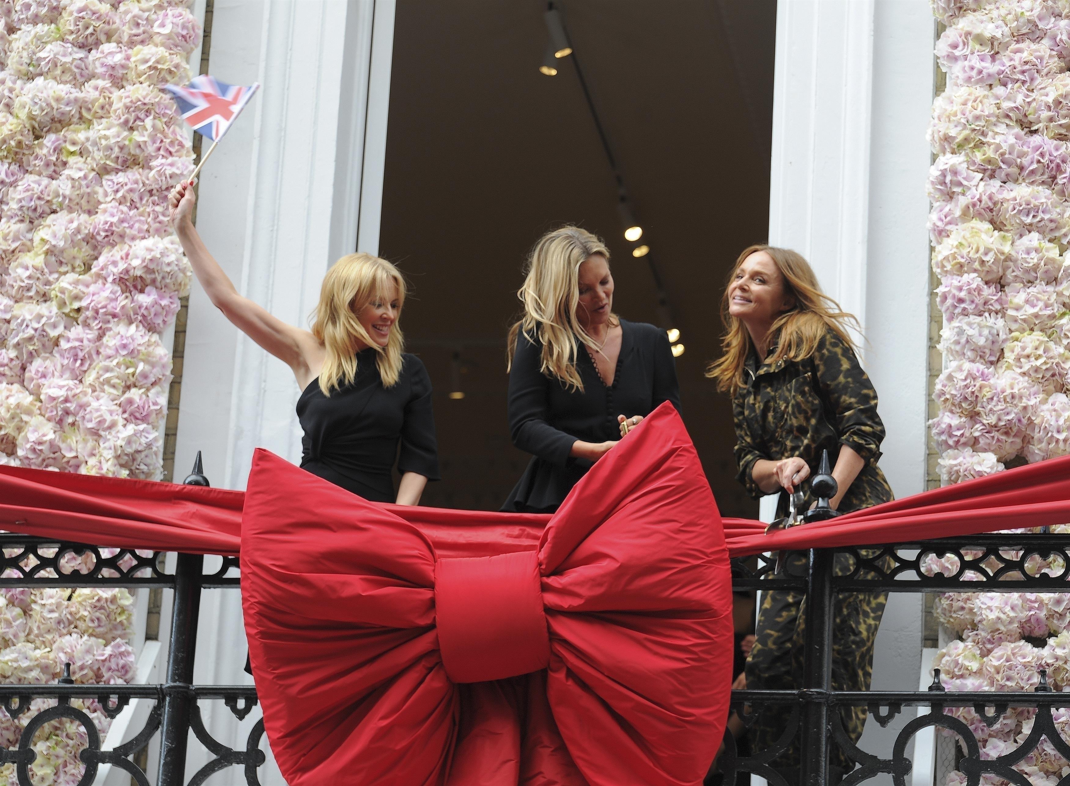 Stella McCartney, Kate Moss y Kylie Minogue