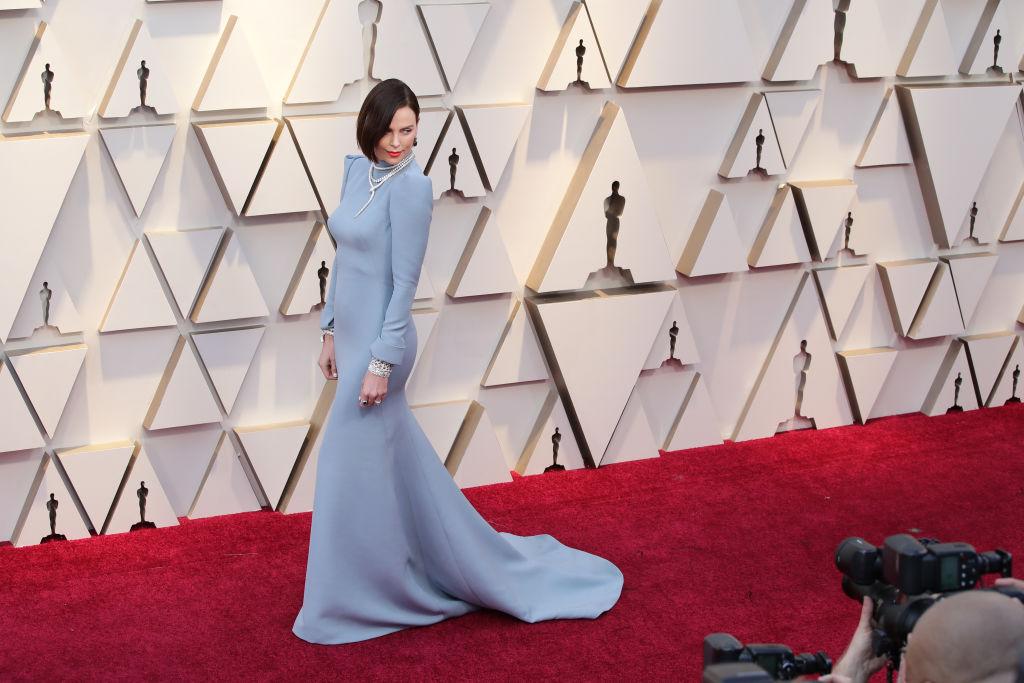Los secretos del vestido de Charlize Theron en los Oscar 2019