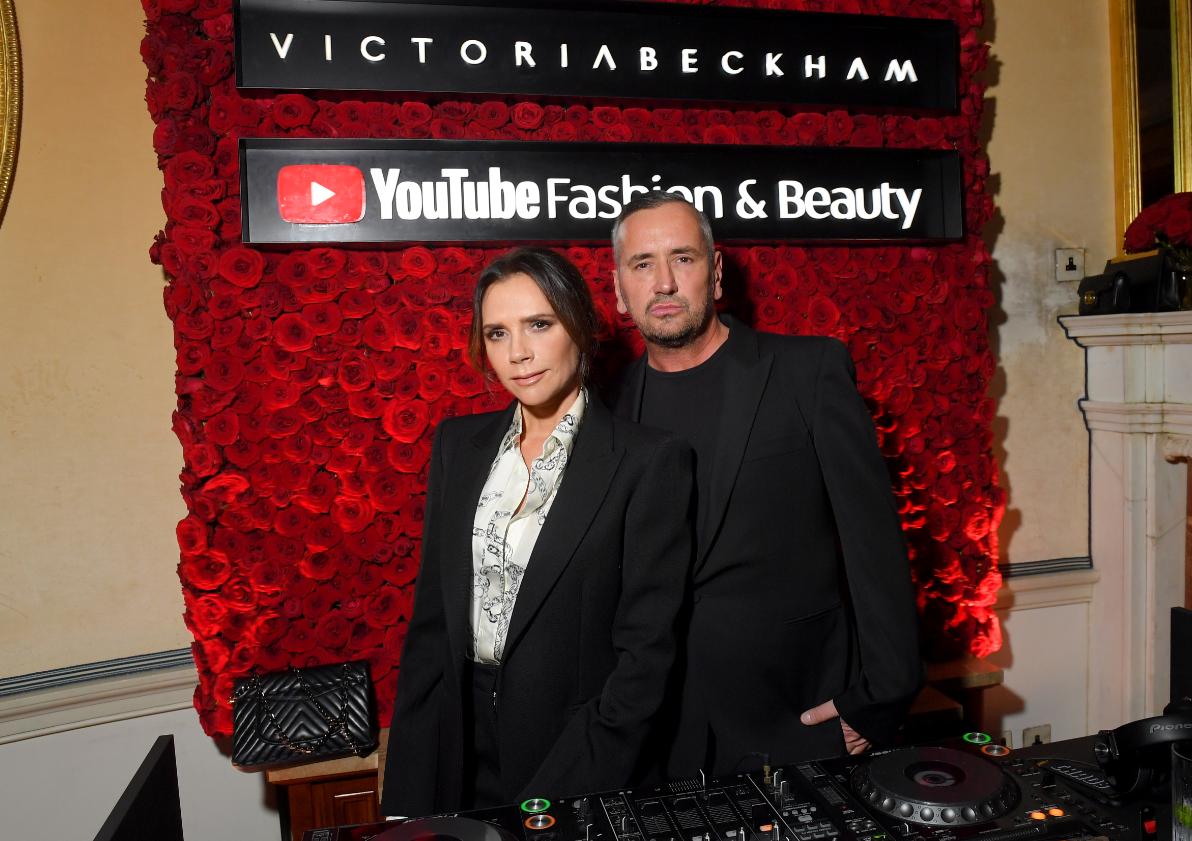 Victoria Beckham ya es YouTuber
