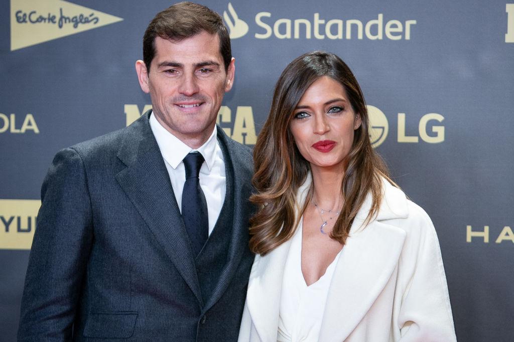 Iker Casillas y Sara Carbonero confirman en Instagram la mejoría del deportista