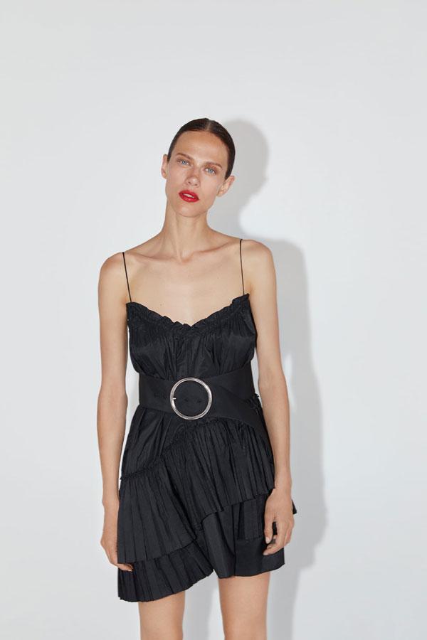 Paula Echevarría con el vestido negro de Zara más deseado