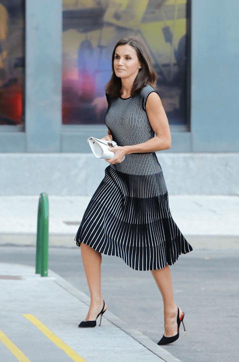 Así son los zapatos de Carolina Herrera favoritos de la reina Letizia