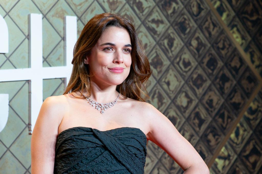 Adriana Ugarte elige un LBD de Dior para lucir perfecta en la premiere de 'Hache'