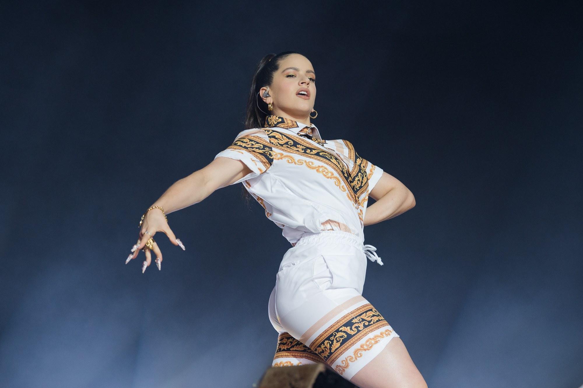 Rosalía hace historia y se convierte en la primera artista hispana nominada a los Grammys