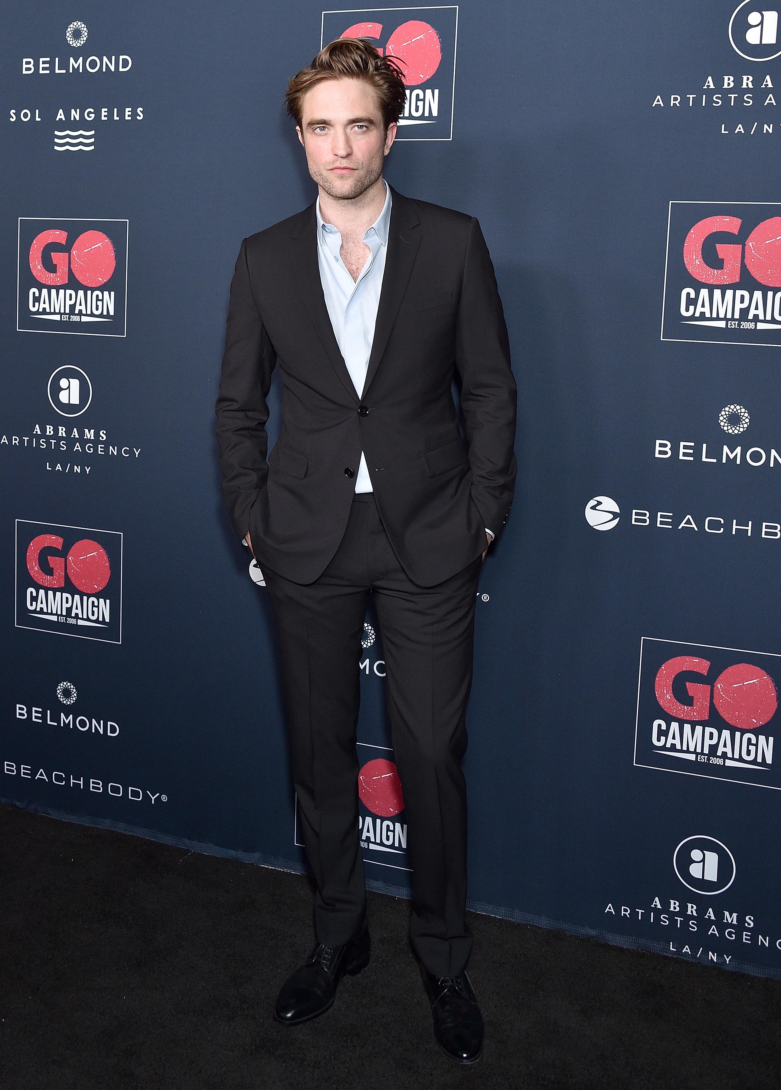 Nuestro guapo de la semana es Robert Pattinson vestido de Dior Men
