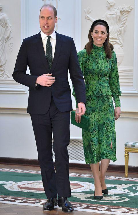 Así es el total look verde con el que Kate Middleton ha pisado suelo (en su primer viaje oficial) en Dublín