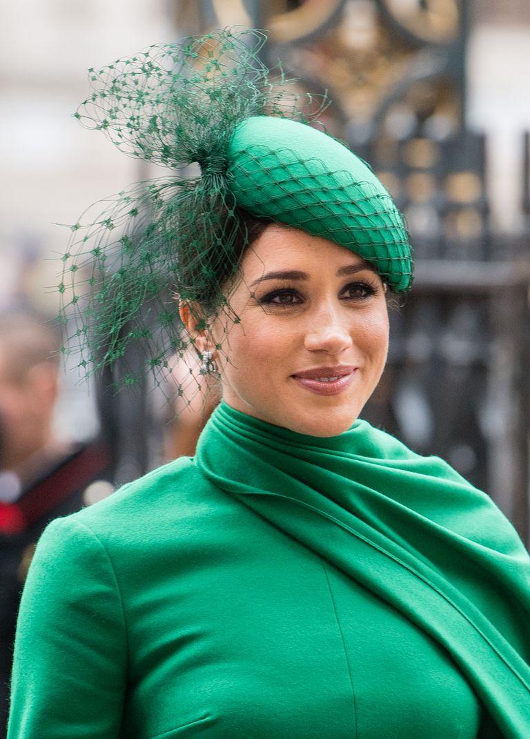 Meghan Markle se despide como royal guapísima de verde y por todo lo alto