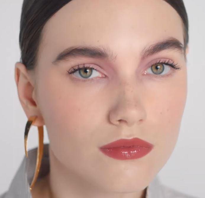 3 maquillajes rápidos y naturales para trabajar desde casa sin perder el toque de color