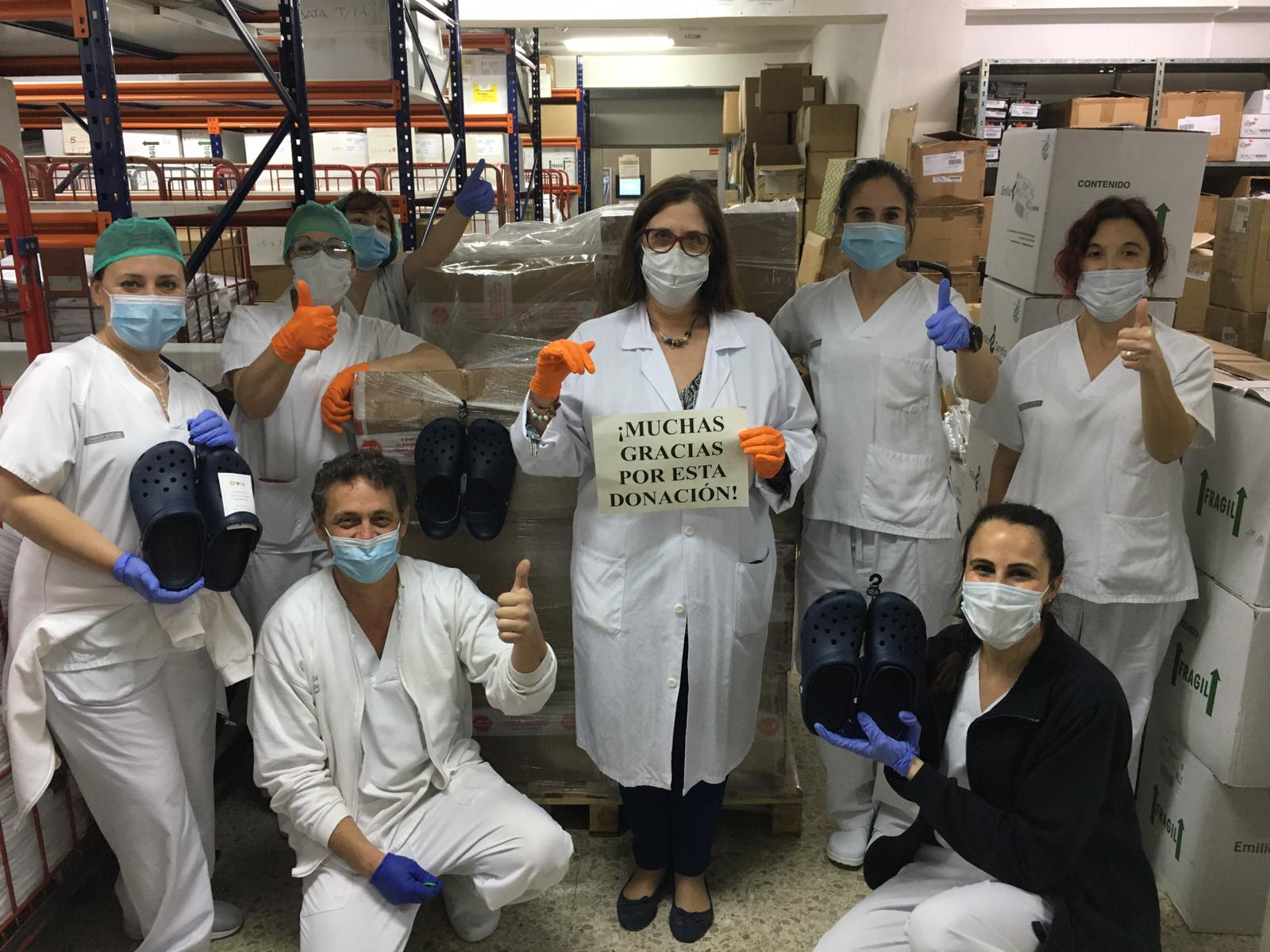 Crocs dona zapatos al personal sanitario español como parte de su iniciativa solidaria global