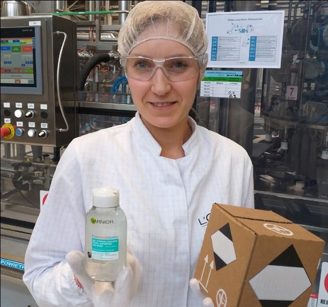 Garnier dona en España 200.000 unidades de gel para trabajadores de superficies comerciales