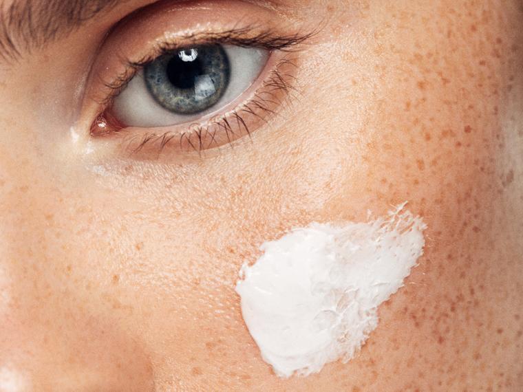 5 remedios naturales para cerrar los poros que puedes practicar desde casa