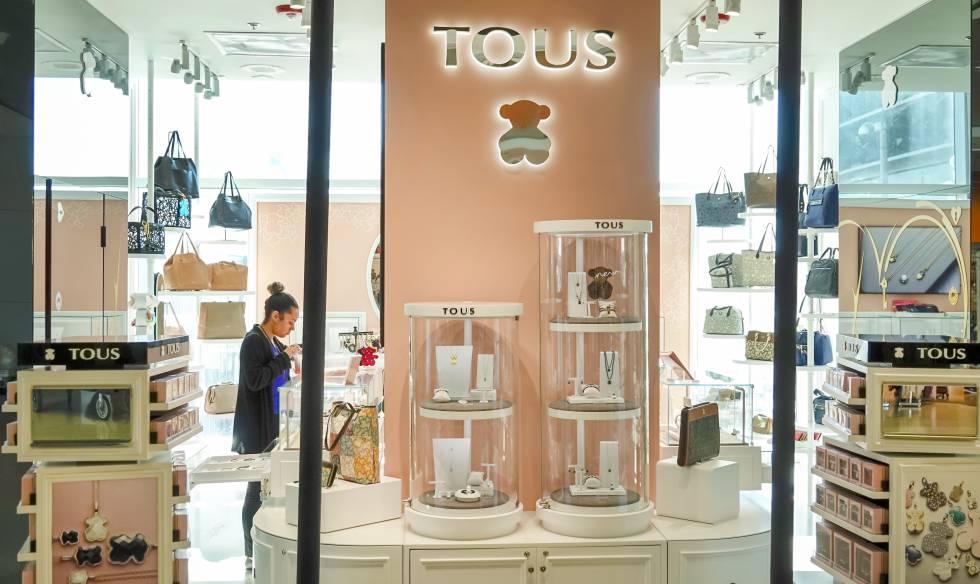 TOUS inicia la reapertura de sus tiendas con nuevas medidas para garantizar la seguridad de los clientes