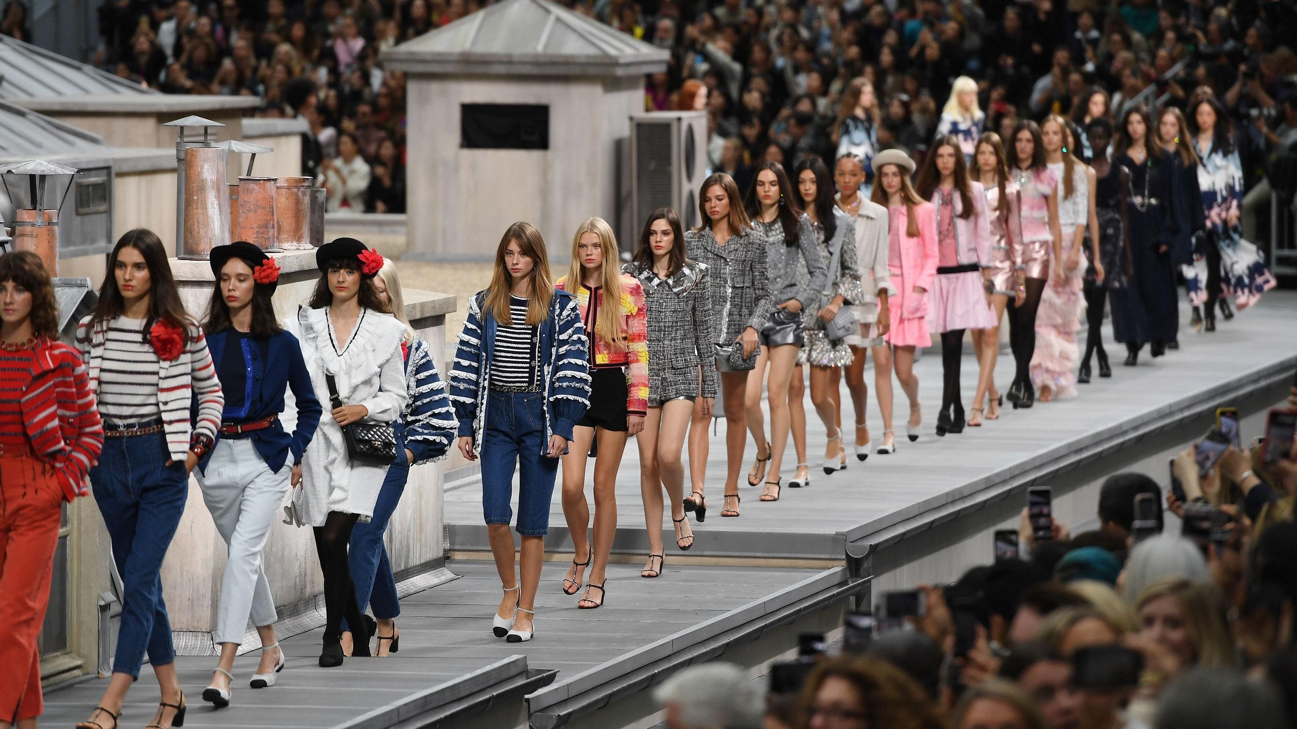 Paris Fashion Week regresa en septiembre con las propuestas para primavera-verano 2021