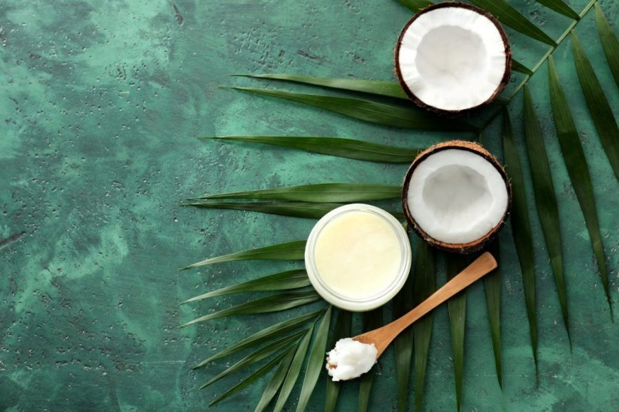 6 famosas que han adoptado el aceite de coco como su mejor aliado de belleza