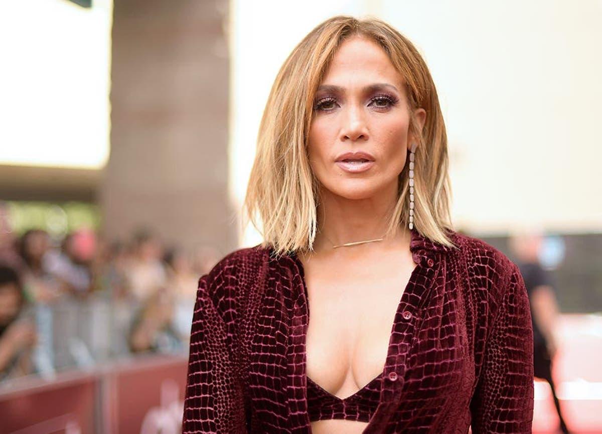 Confirmado: Jennifer Lopez va a lazar su propia marca de maquillaje y tratamiento