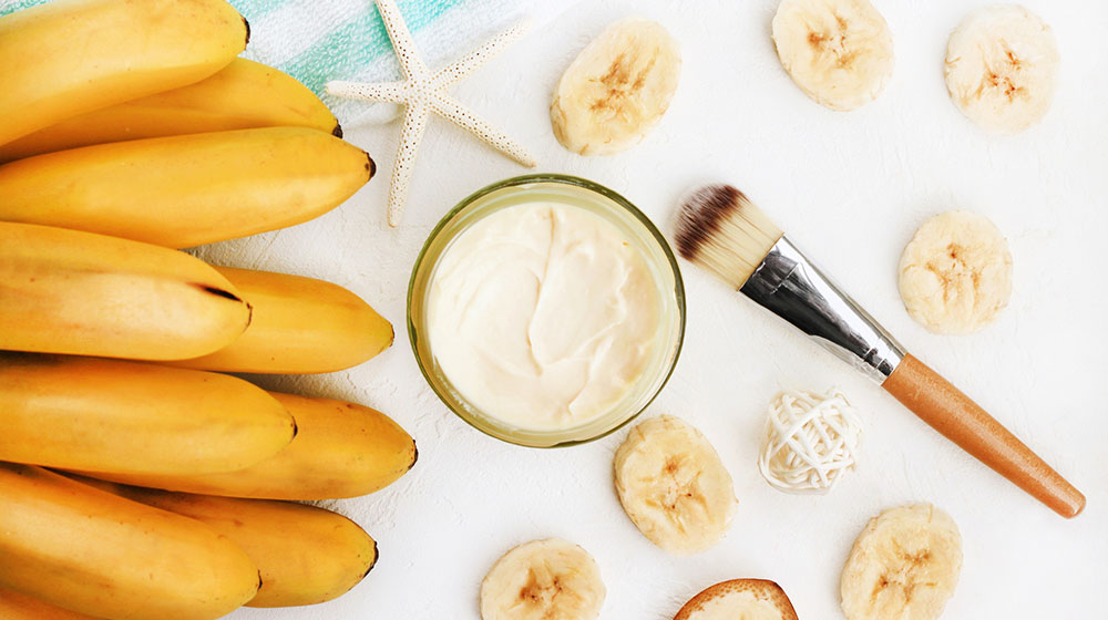 ¿Quieres un cutis joven y radiante? El plátano no puede faltar en tu rutina de belleza