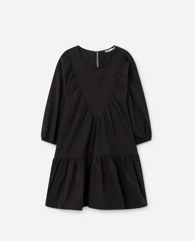 Este es el vestido de Lefties que ha enamorado a Paula Echevarría y que está en su nueva tienda online