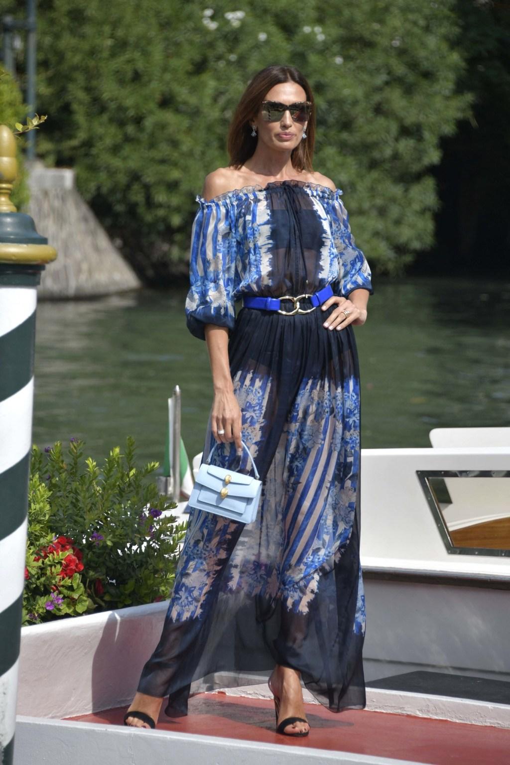 Nieves Álvarez llega Venecia con un espectacular look
