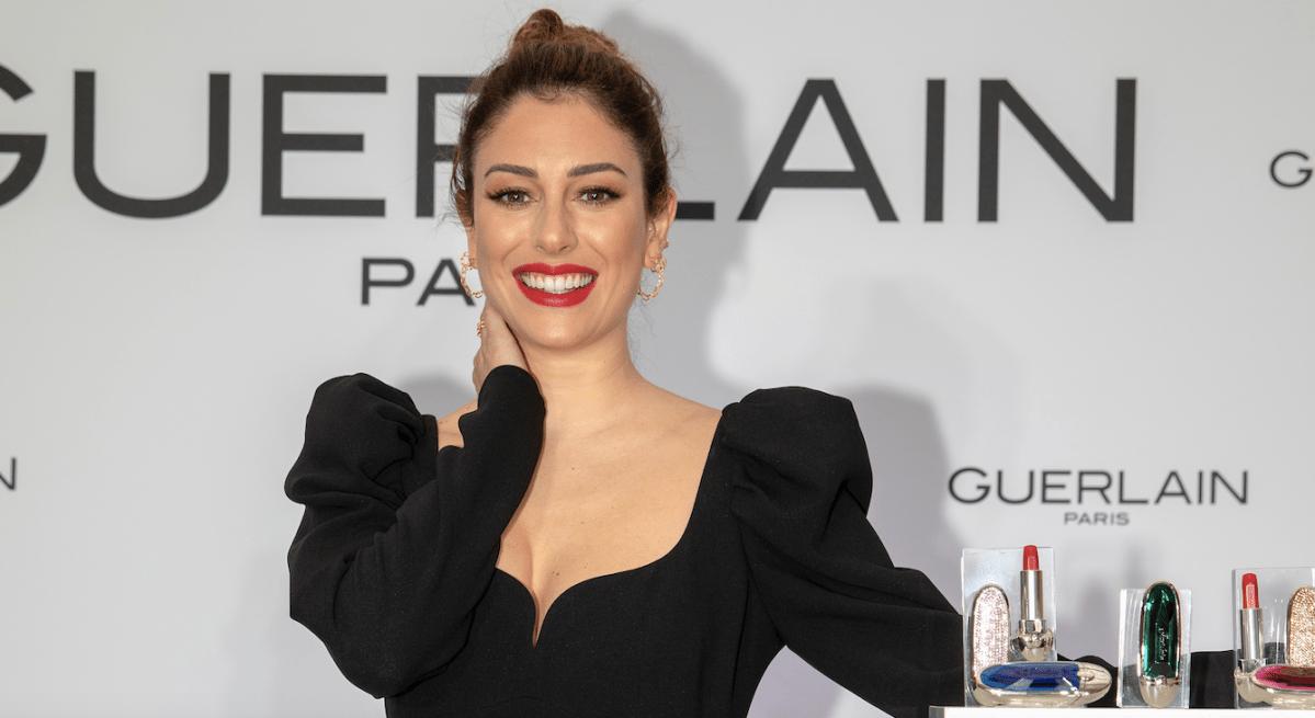 Blanca Suárez presenta las nuevas carcasas joyas para Rouge G de Guerlain que son maravilla