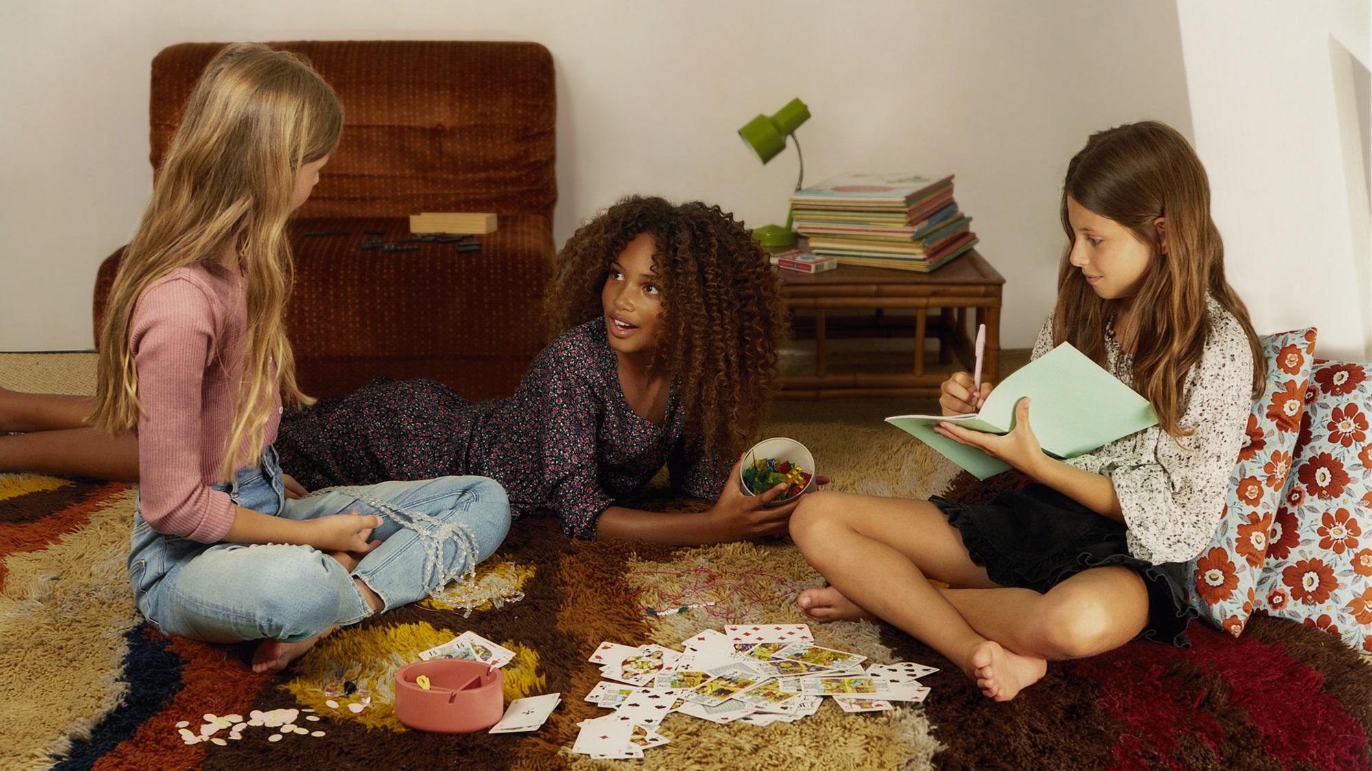 Mango apuesta por los más jóvenes con su nueva colección 'Teen'