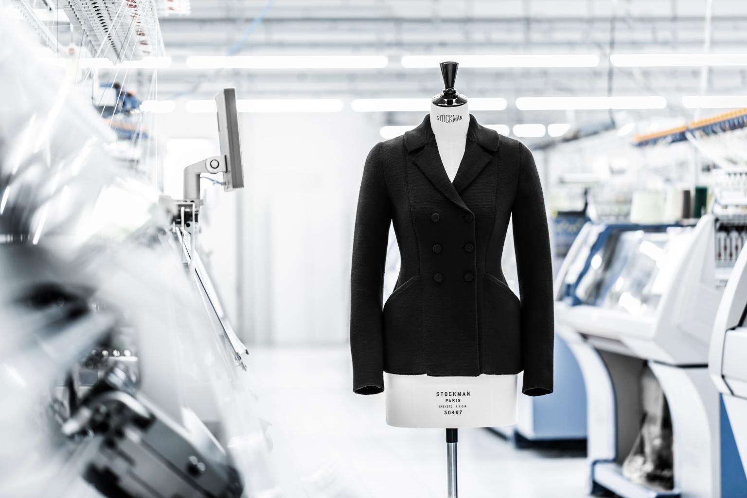 Bar Jacket, así se crea la icónica prenda de Dior