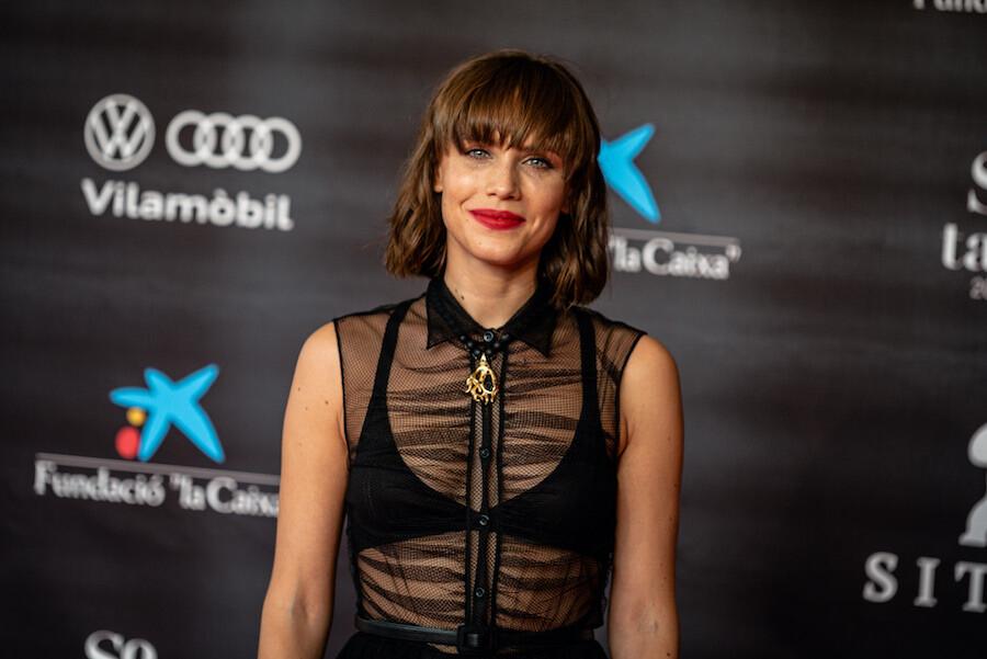 Aura Garrido deslumbrante en la apertura del Festival de Cine de Sitges 2020