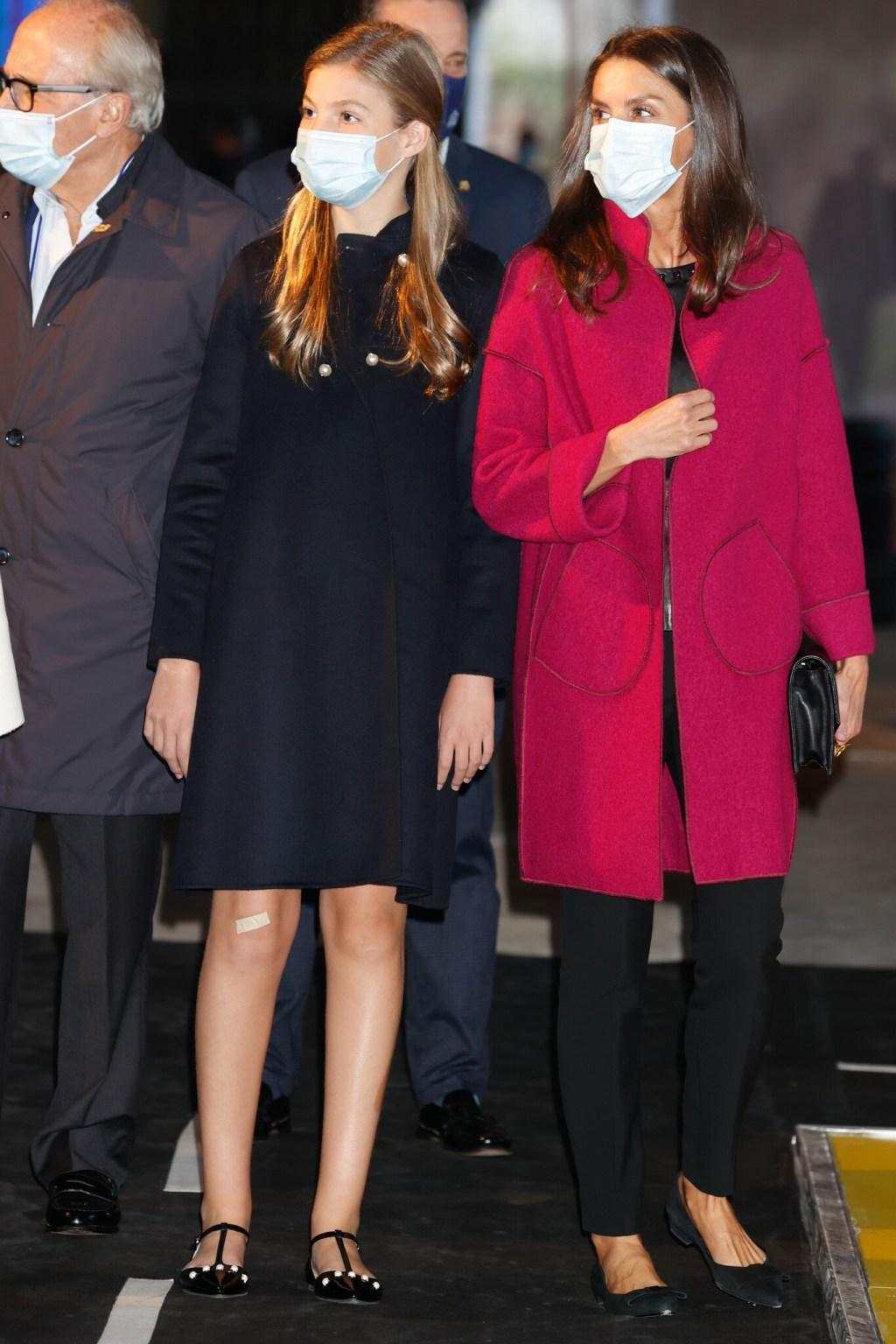Los Reyes y sus hijas ya están en Asturias para los Premios Princesa de Asturias