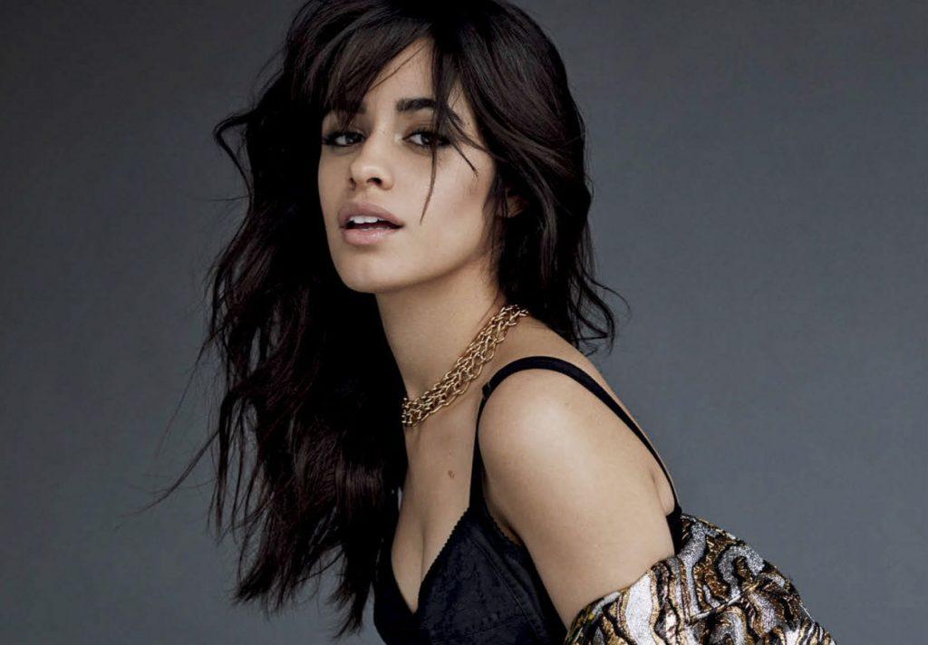 Camila Cabello tiene el nuevo corte perfecto para el pelo rizado