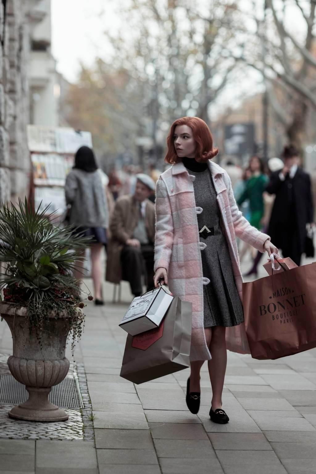 Los 10 mejores outfits de Beth Harmon en Gambito de dama