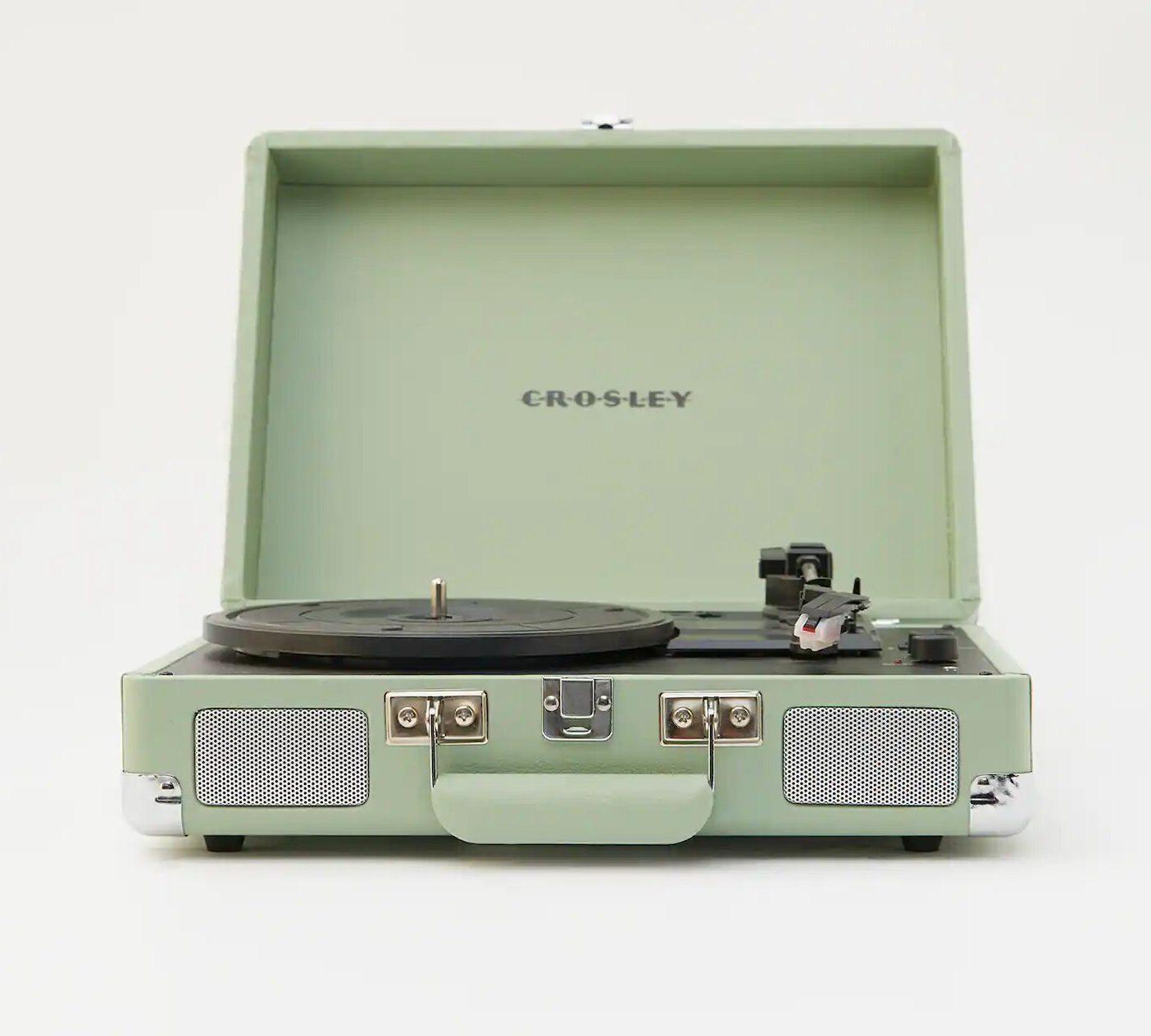 Nuevo objeto de deseo: los tocadiscos retro de Pull&Bear