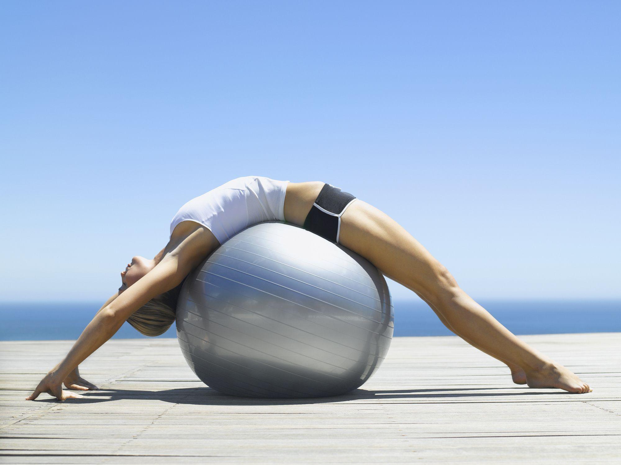 Aprende a ejercitar el suelo pélvico con estas 5 posturas