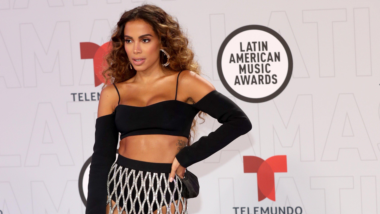 Alfombra roja: los looks de los Latin AMAs 2021