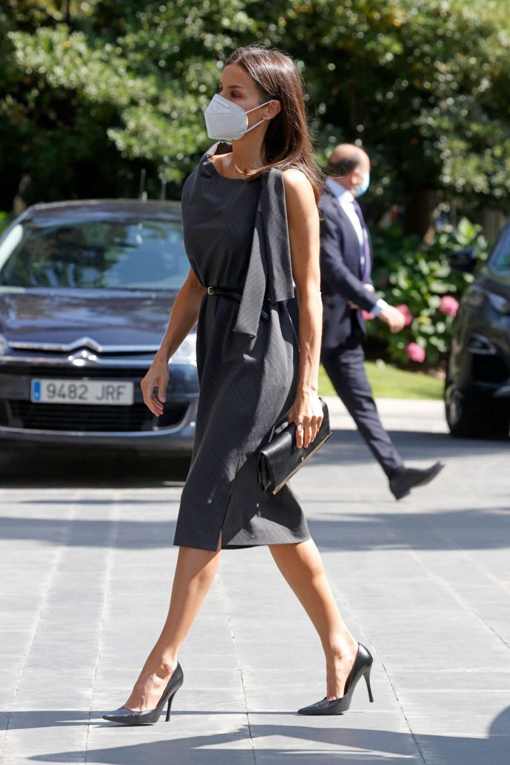 El vestido con mensaje y compromiso social de la reina Letizia