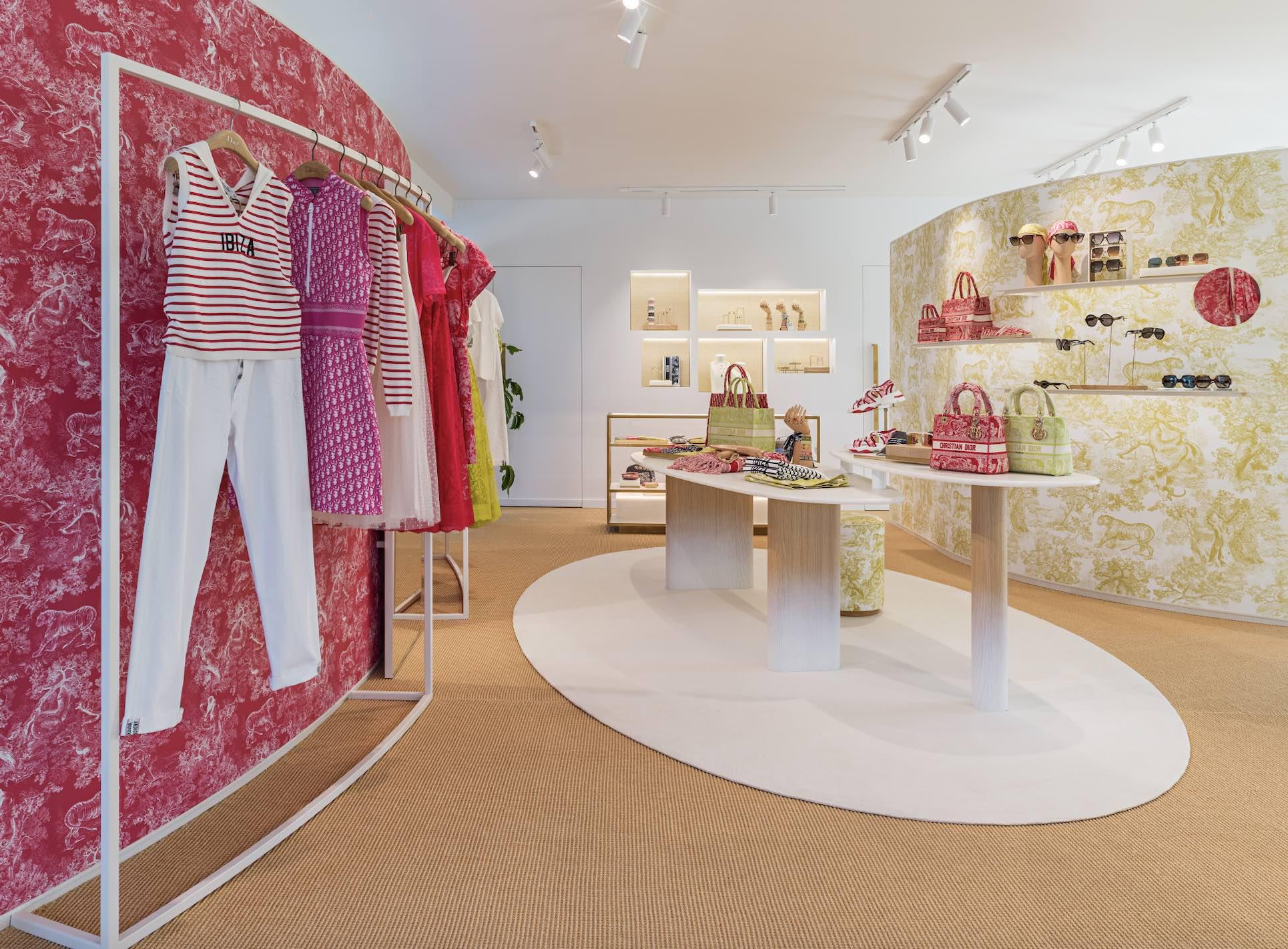 Dior abre en Ibiza su impresionante pop-up para la temporada estival