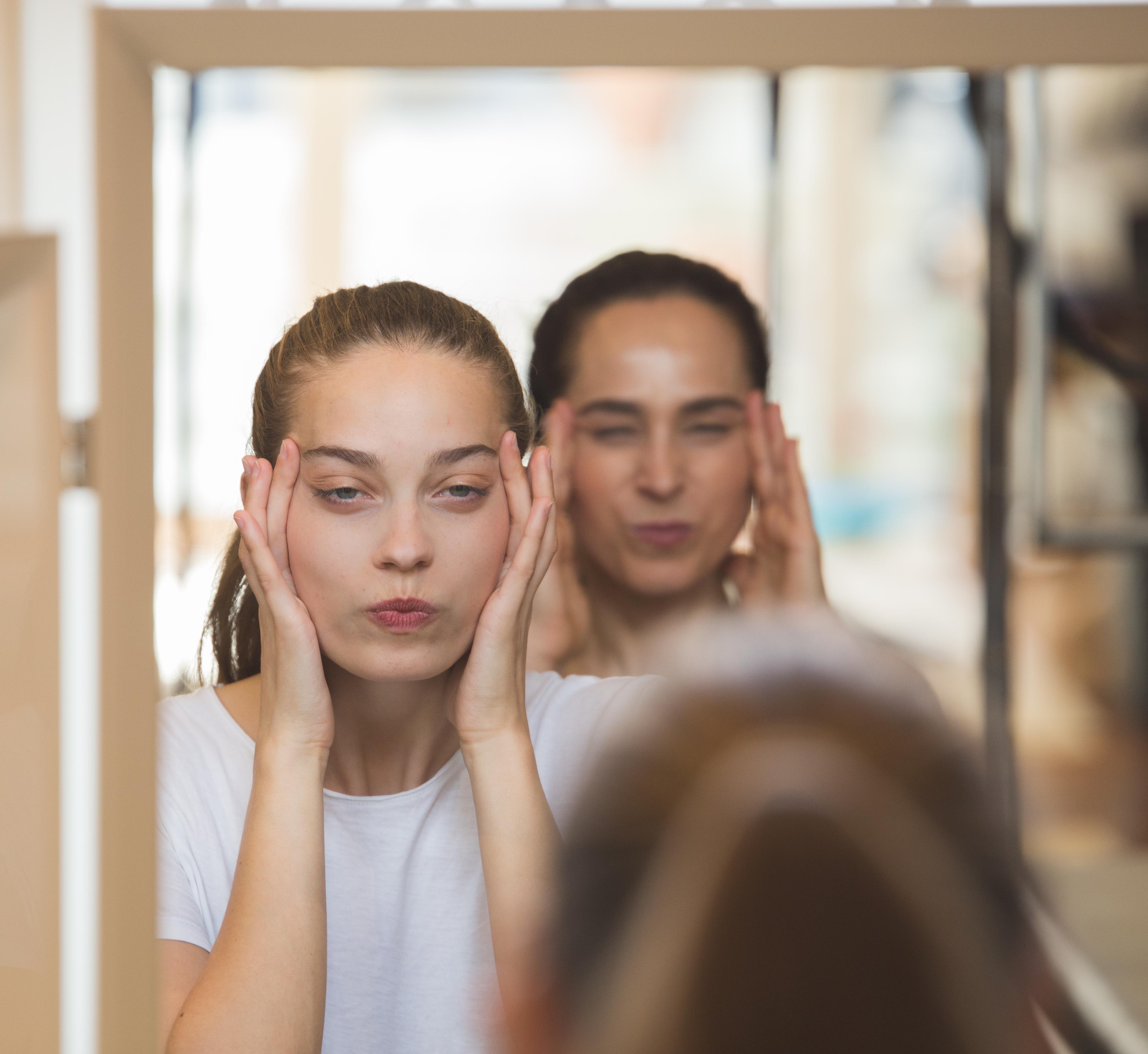 Esta es la App de gimnasia facial que rejuvenece y tonifica la piel de tu rostro