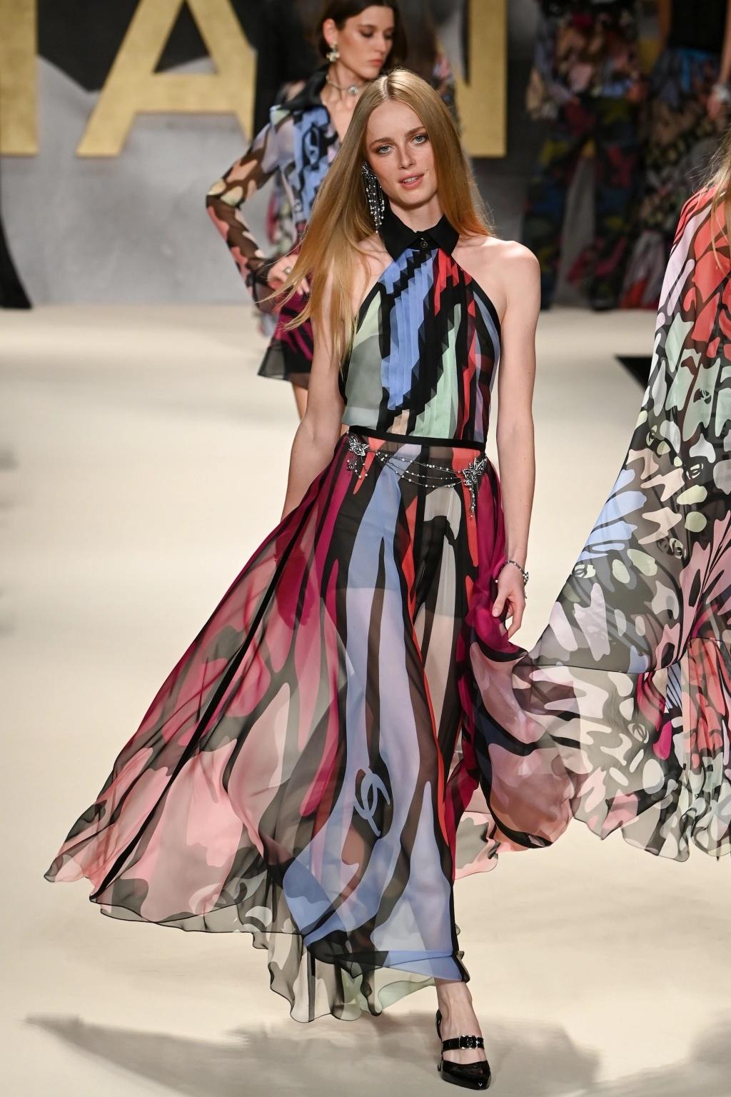 Chanel apuesta por lo retro en su colección primavera-verano 2021