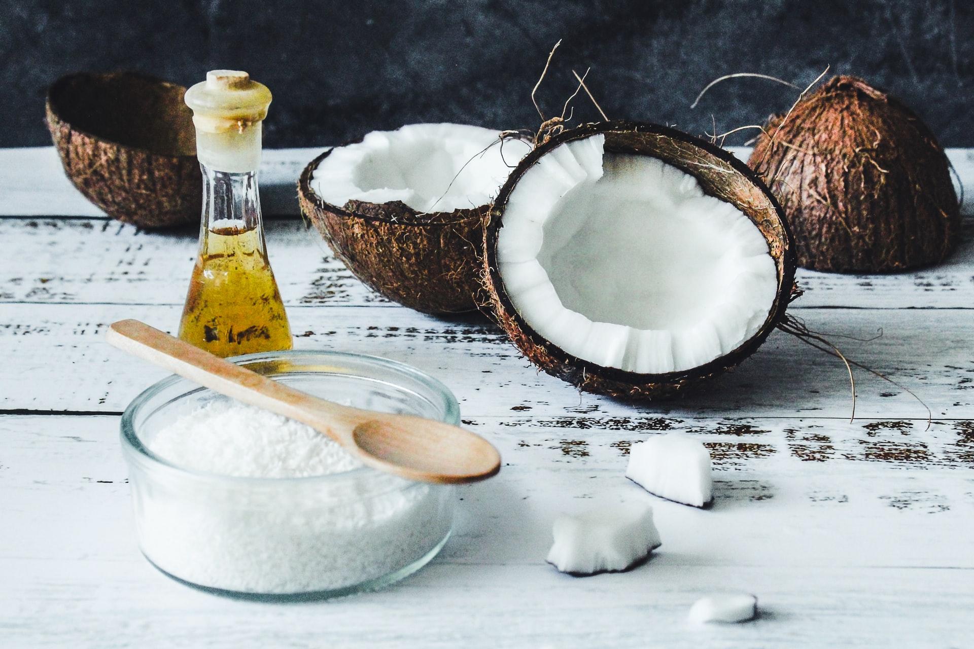 5 consejos de belleza con aceite de coco