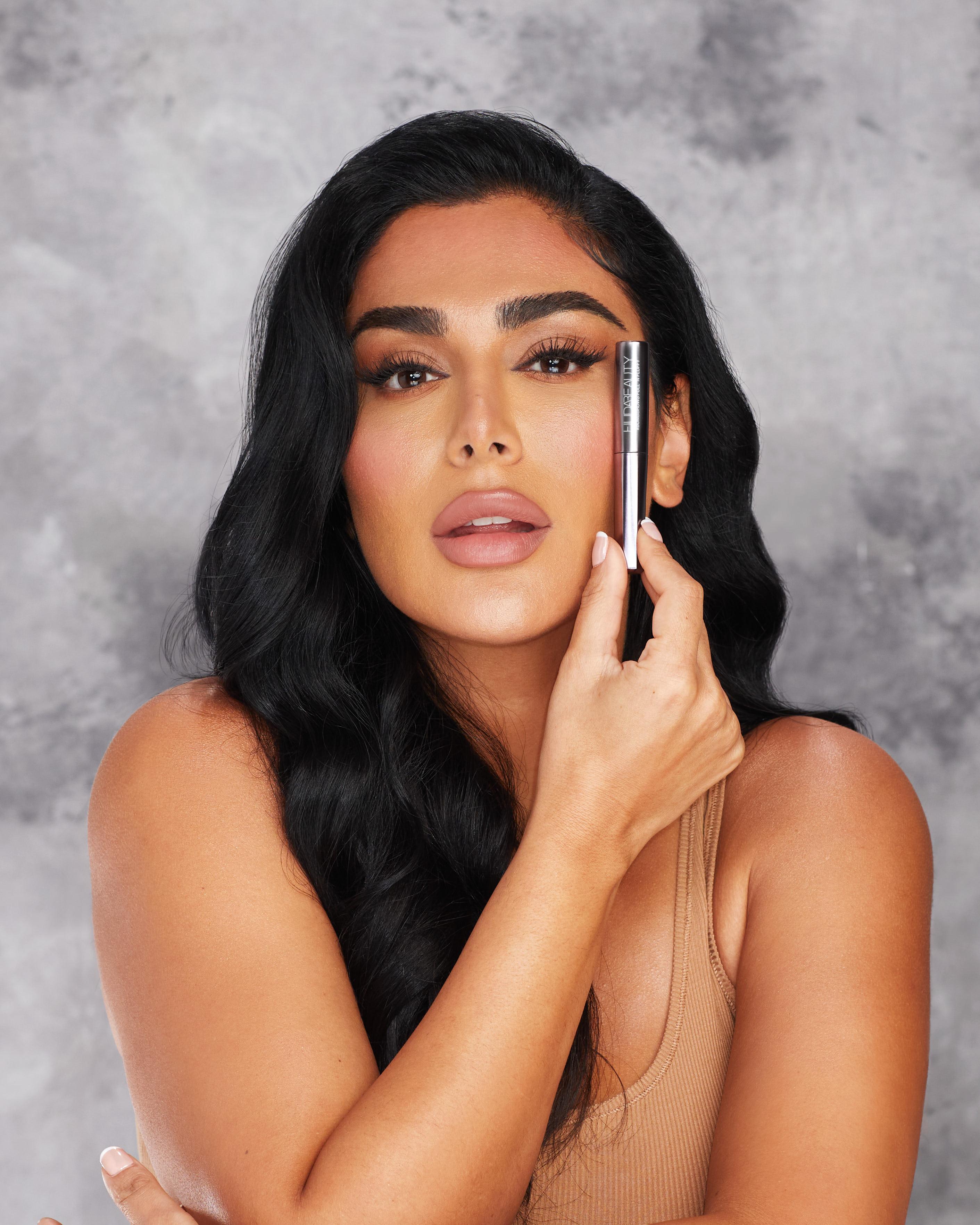Huda Beauty Bomb Brows Full 'N Fluffy Fiber Gel