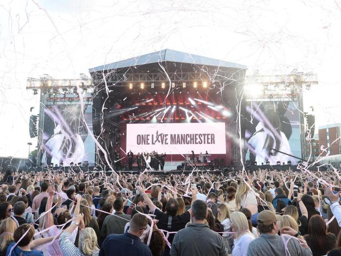 Ariana Grande y el pop por Manchester