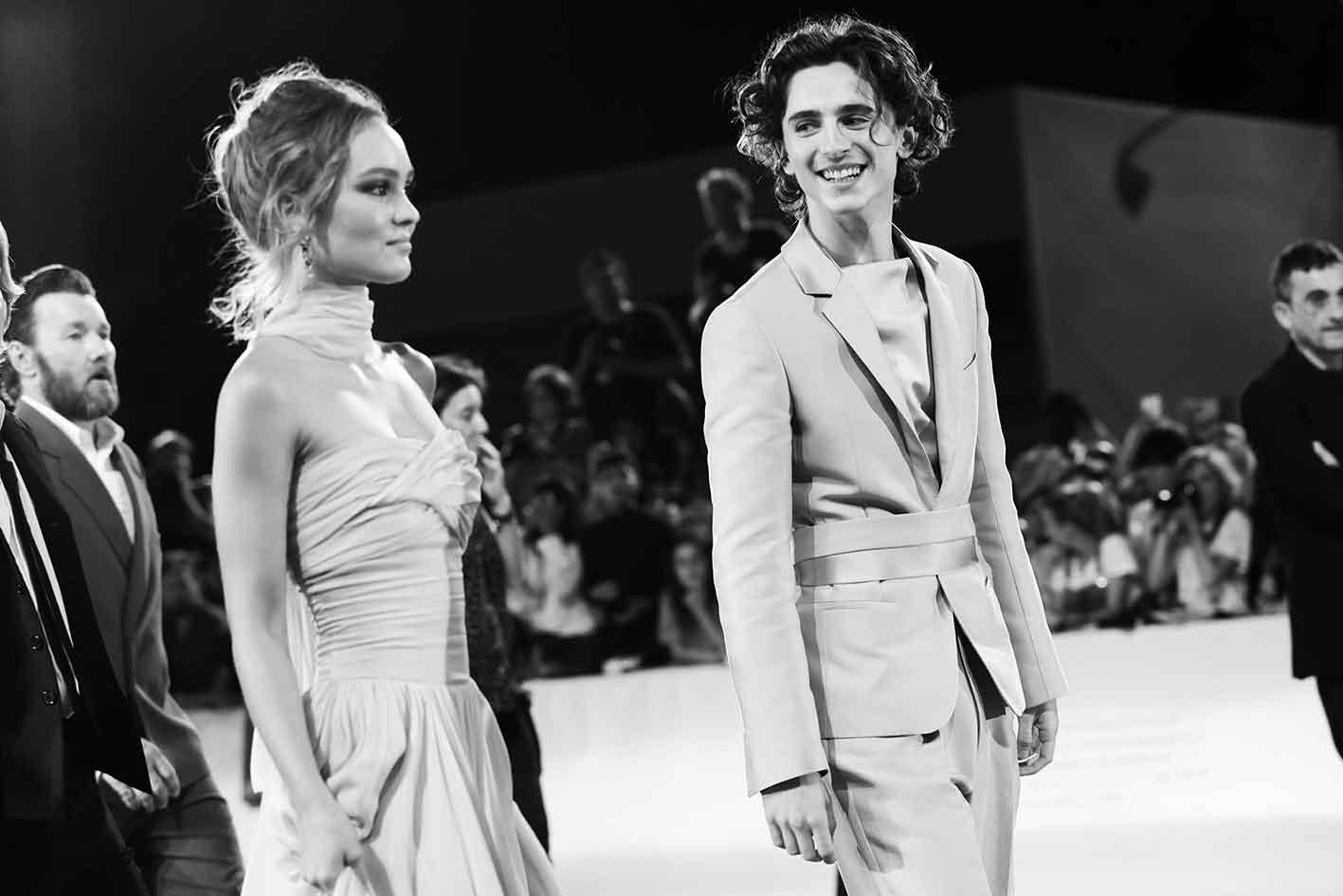 El beso de Lily-Rose Depp y Timothée Chalamet del que todos hablan